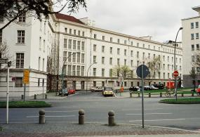 Fehrbelliner_Platz_a