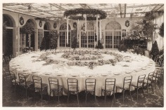 Zehlendorf Jahrbuch 2016: Rothe Gartenbau - Hochzeitstafel im Hotel Adlon