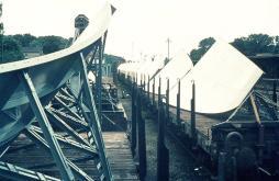 18-Meter-Spiegel für den Fernmeldeturm auf dem Güterbahnhof Wannsee, Juli 1966 (c) Günter Herrnleben.